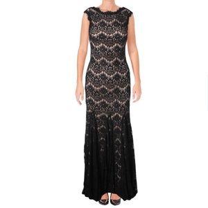 AQUA - LACE SLEEVELESS EVENING DRESS - Size 4 NWT